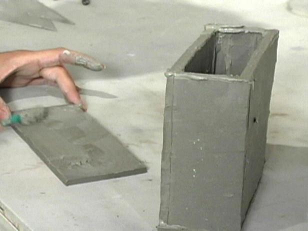 Склеиваем глиняные заготовки