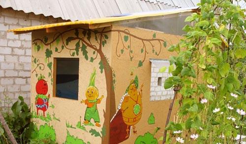 Пример готового детского домика на даче
